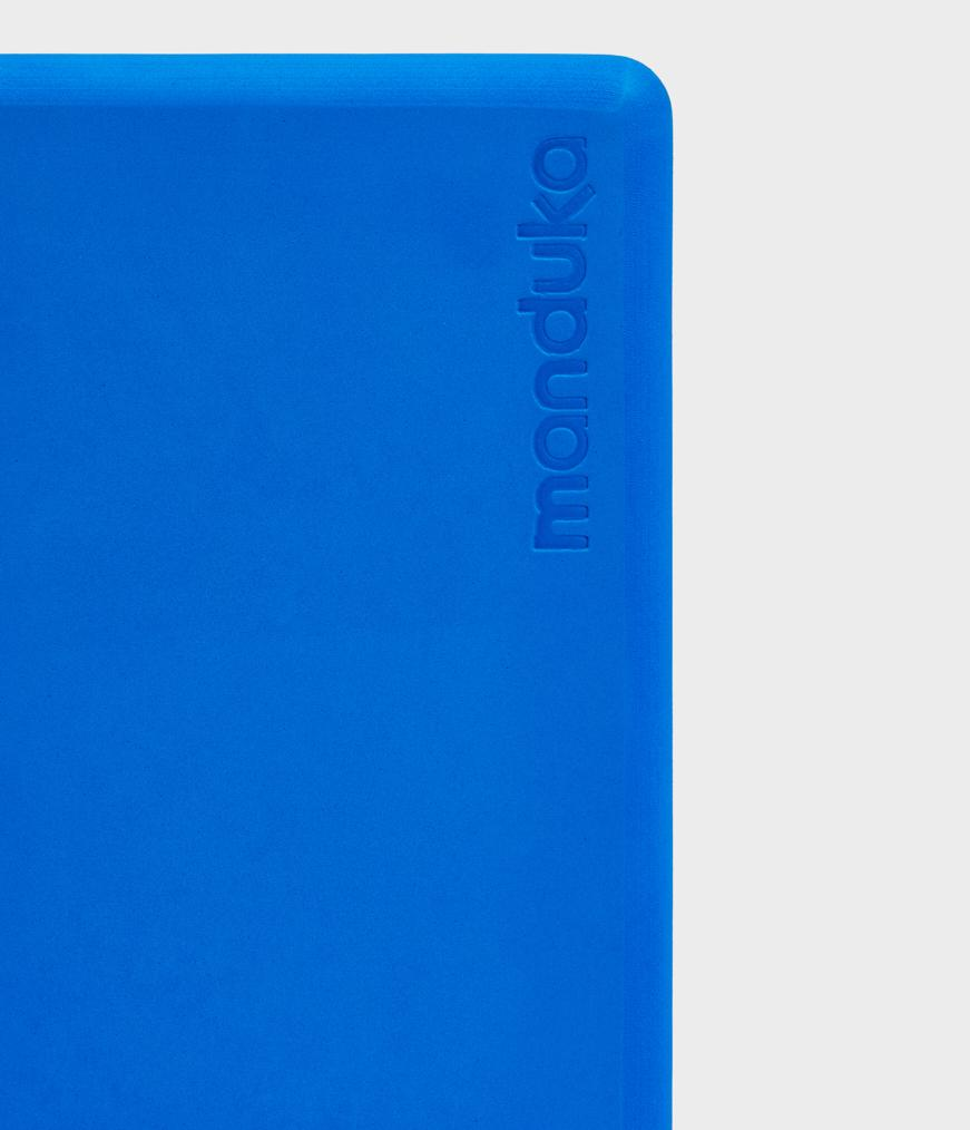Manduka Recycled Foam Block - Be Bold Blue