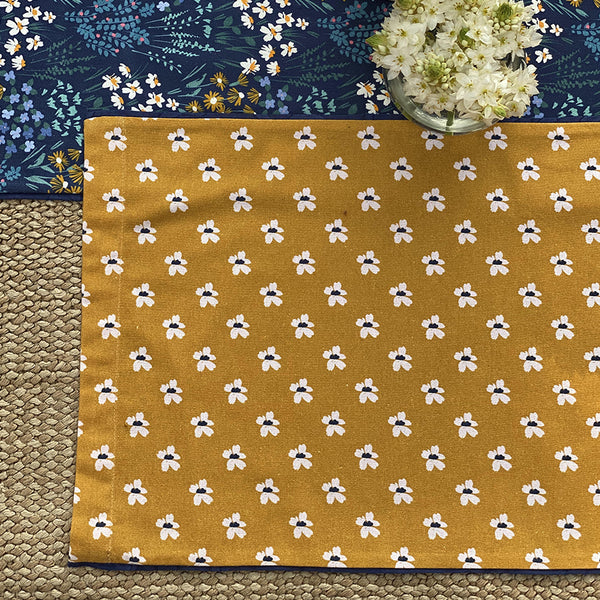 Bloom Table Placemats : Set of 2
