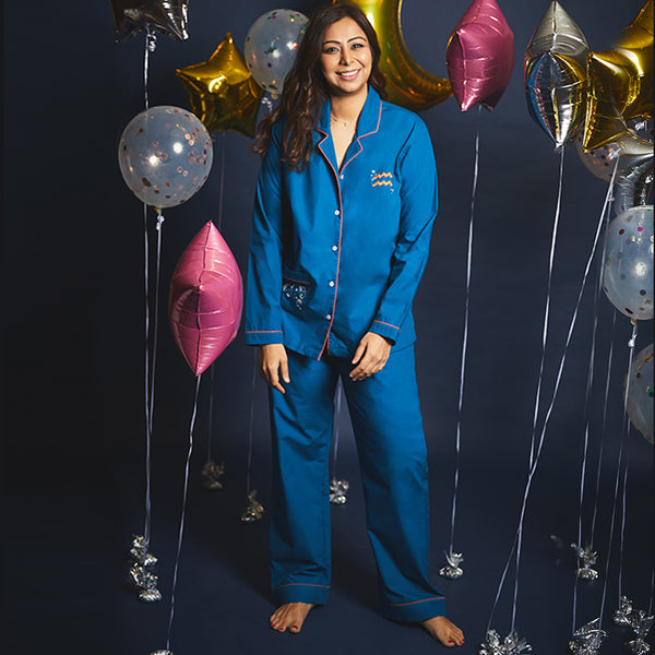Women Aquarius Symbol Notched Collared Pyjama Set