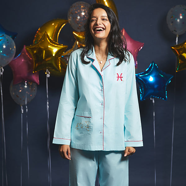 Women Pisces Symbol Notched Collared Pyjama Set