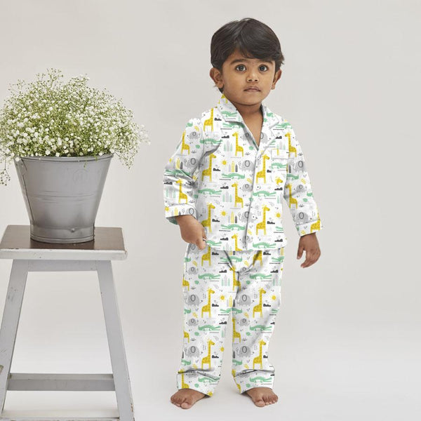 Giraffe Cotton Notched Collar Pyjama Set