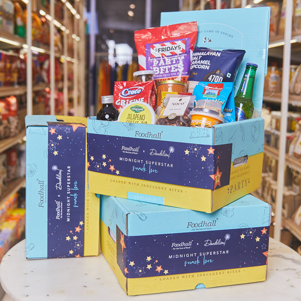 Midnight Superstar Deluxe Snack Box