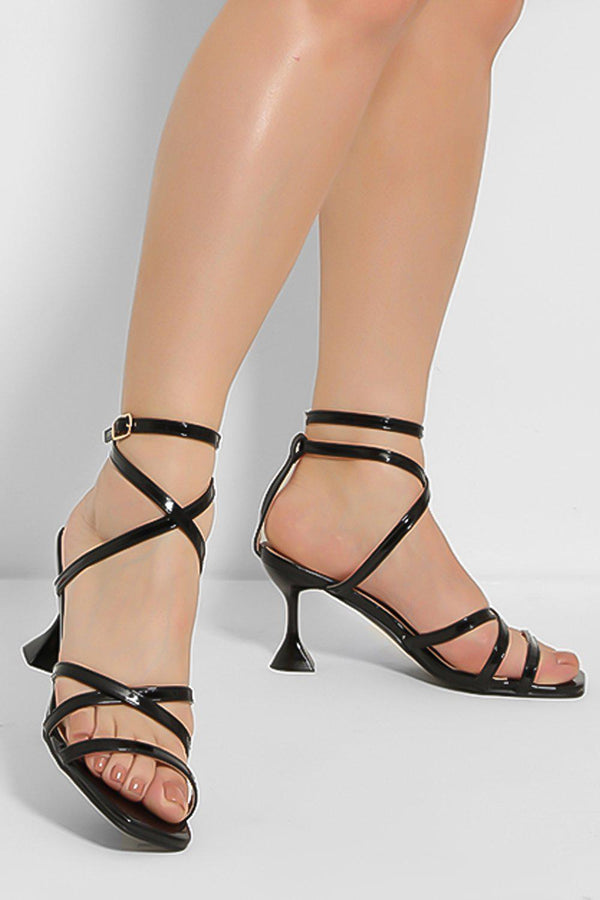 Black Crossover Straps Pyramid Heel Sandals - SinglePrice