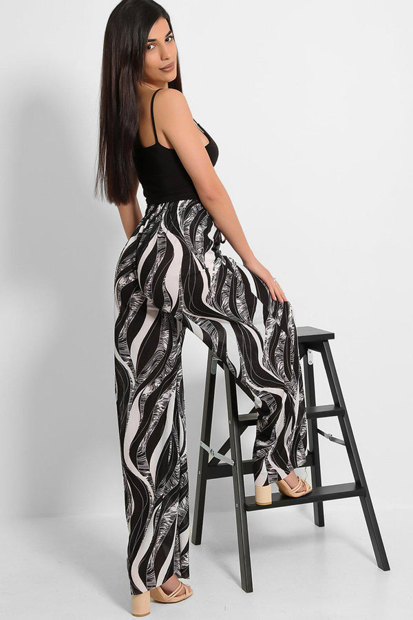 Black White Abstract Print Pleated Finish Palazzo Trousers