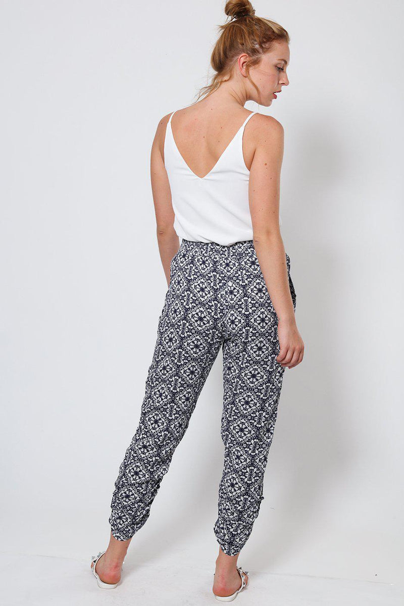 Navy White Ruched Cropped Summer Pants - SinglePrice
