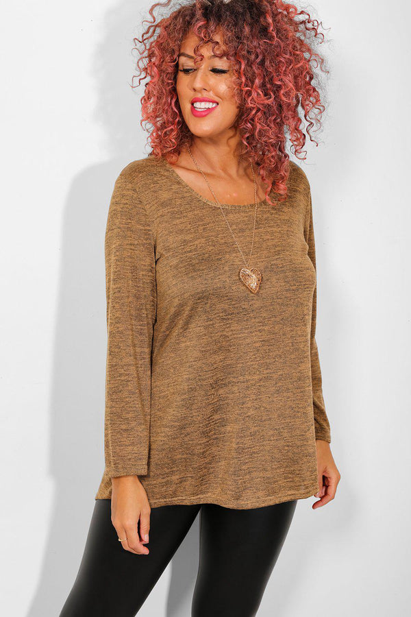 Brown Necklace Lightweight Knit Top - SinglePrice