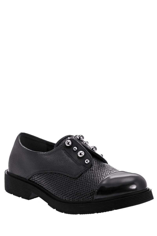 Metal Pearls Black Loafer Shoes-Single price