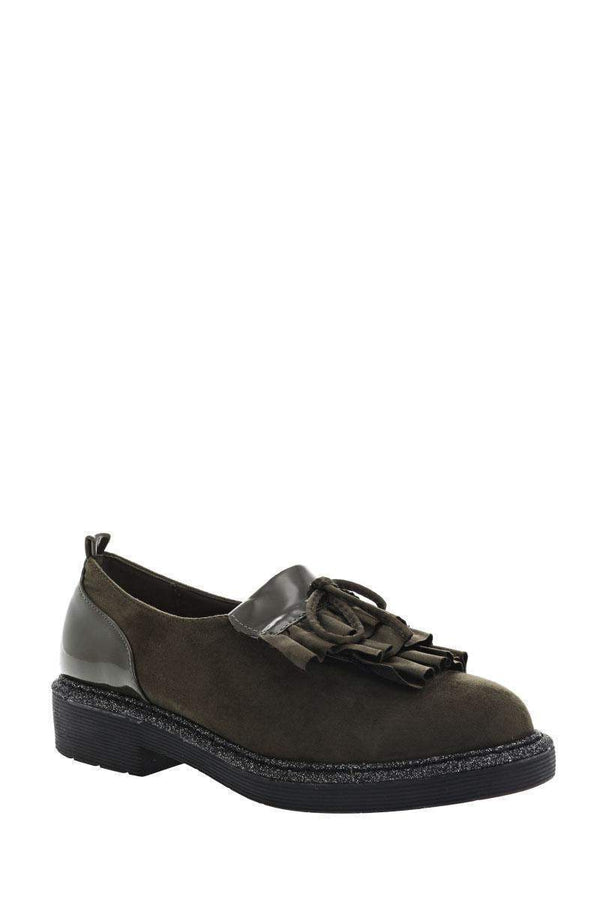 Ruffle Front Green Loafer Shoes-Single price