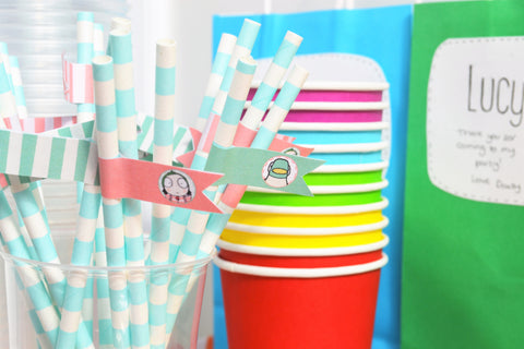 straws with sarah and duck flags