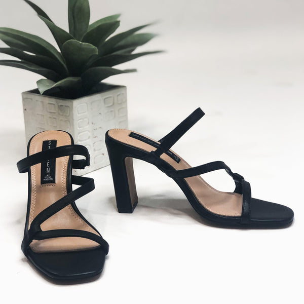 Jerri Black by Steve Madden