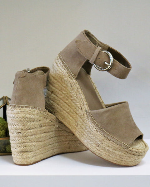 Marc Fisher Alida in Taupe Suede