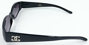 Mary Sue Bifocal Sun Readers - Black (Side View)