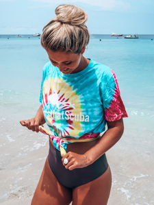 LIMITED EDITION Tie Dye Girls that Scuba Unisex T-shirt
