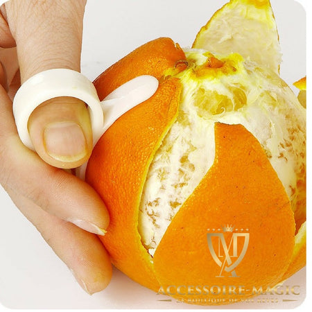 ÉPLUCHEUR D'ORANGE MAGIC est la solution efficace pour éplucher rapidement la peau de l'orange ! C'est l'accessoire magic !!!