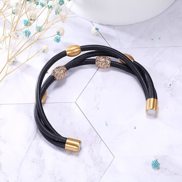 Women's leather Bracelet / Chloe 220 Gold Black Fashion Jewerly