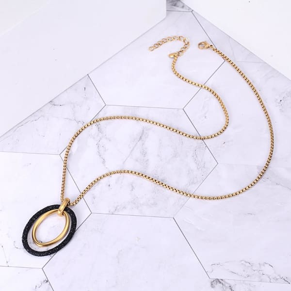 Women's Pendant / Chloe 220 Gold Black Fashion Jewerly
