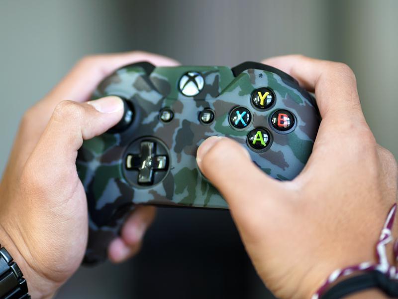Coque de protection manette XBOX One STEALTH CAMO