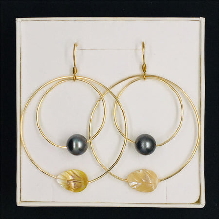 Earring with Pearl & Orange Leaf