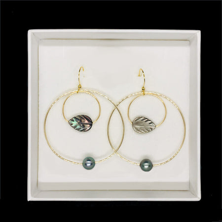 earrings with pearls and black mother-of-pearl leaf in gift box