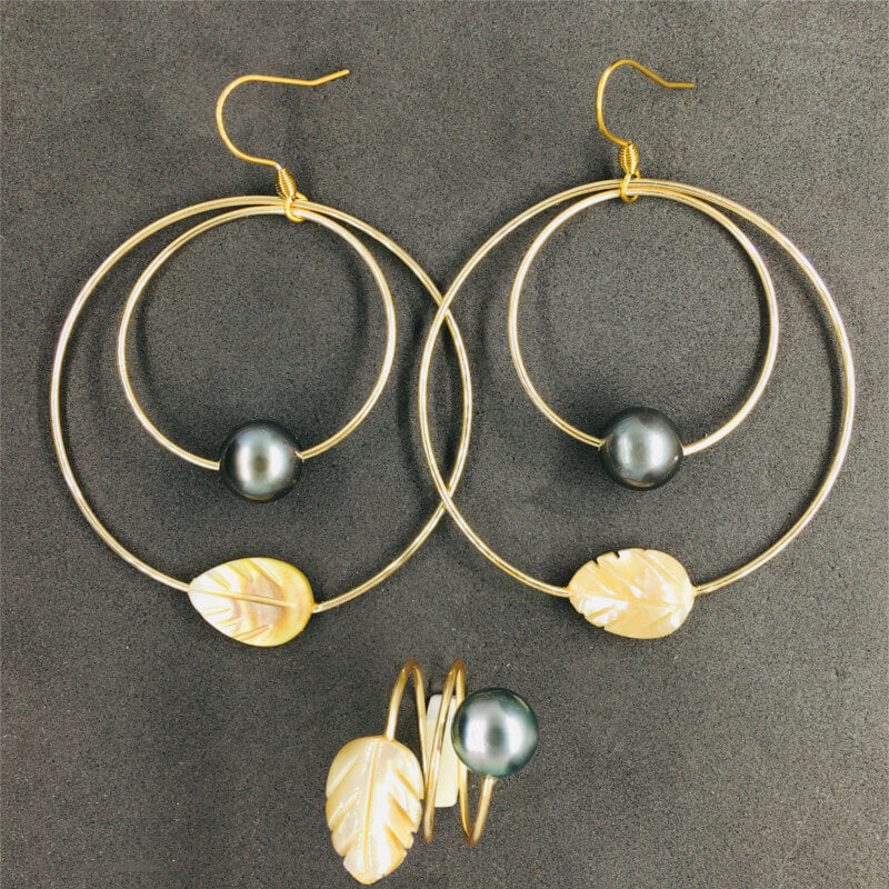 earrings & ring with pearls and golden mother-of-pearl