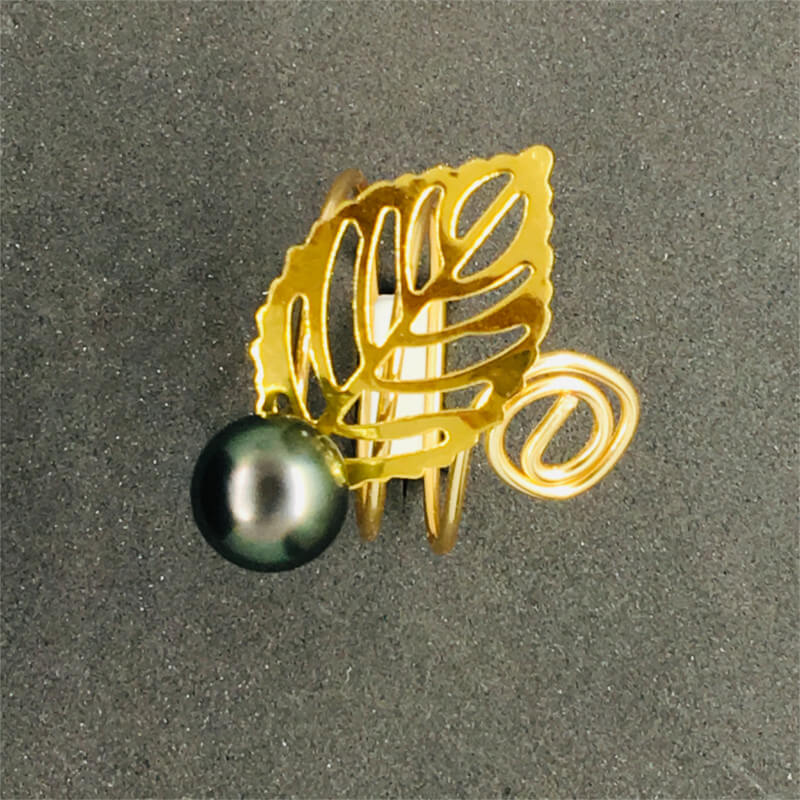 Ring with Tahitian black pearl & Thin Leaf
