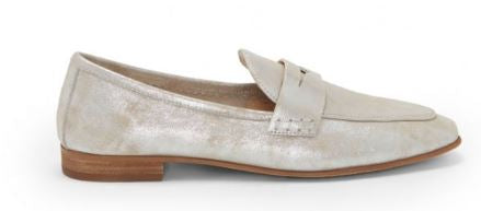Vince Camuto Slip-On Loafers Macinda Sandy Silver - NEW