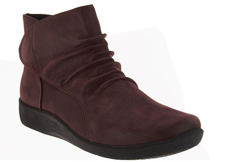CLOUDSTEPPERS by Clarks Ruched Ankle Boots Sillian Sway Aubergine - A