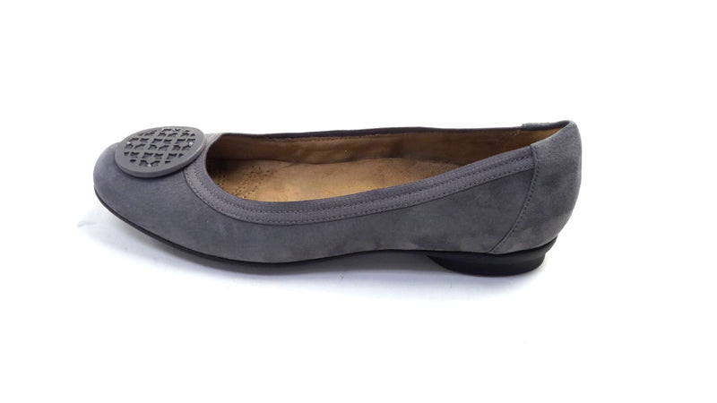 Clarks Artisan Leather Ballet Flats Candra Blush Grey Suede  - NEW
