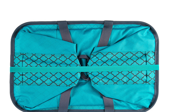 SnapBasket Set of 2 Laundry Totes by CleverMade Teal Quatrefoil - NEW