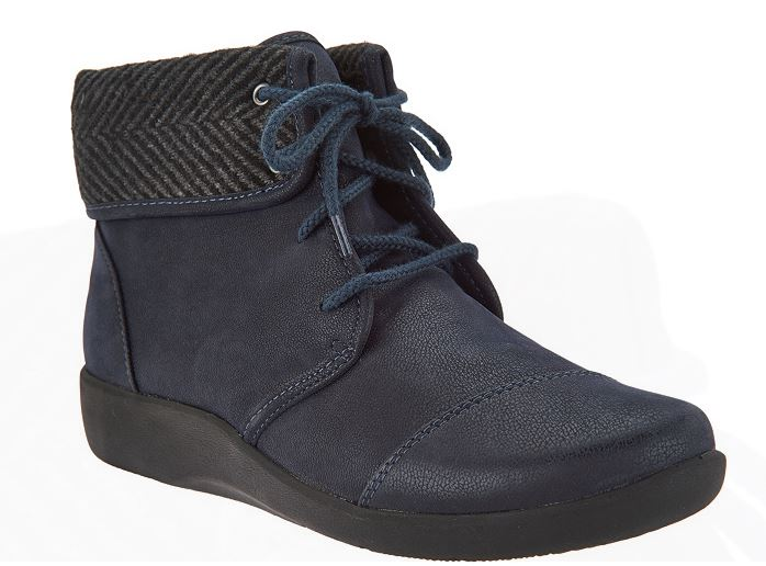 CLOUDSTEPPERS by Clarks Lace-up Ankle Boots Sillian Frey Navy - NEW
