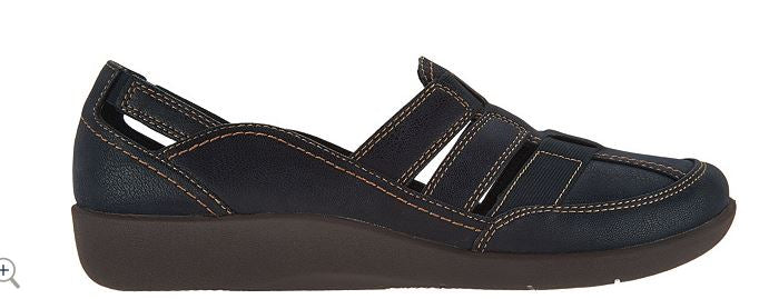 CLOUDSTEPPERS by Clarks Slip-on Shoes Sillian Stork Navy - NEW