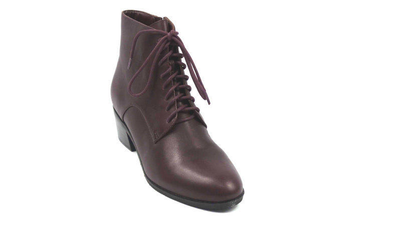 Isaac Mizrahi Live! Leather Lace Up Ankle Boots Bordeaux - NEW