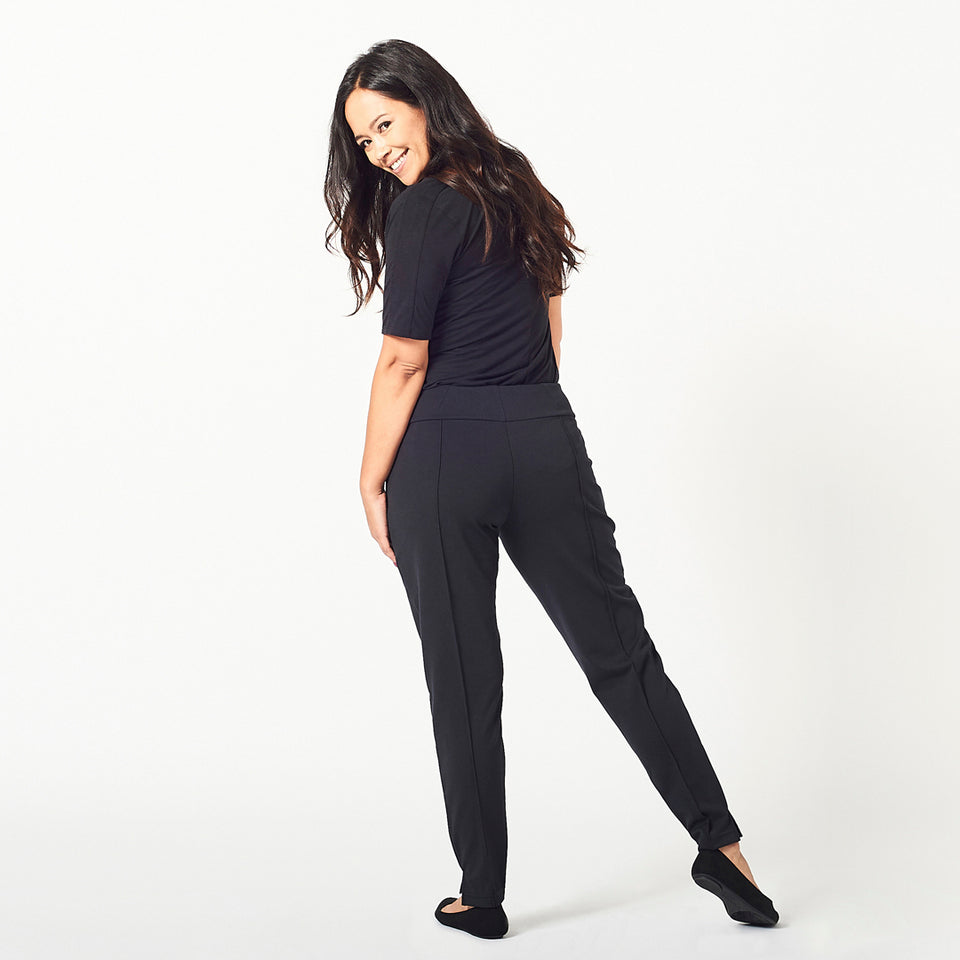 The Essential Ankle Pant