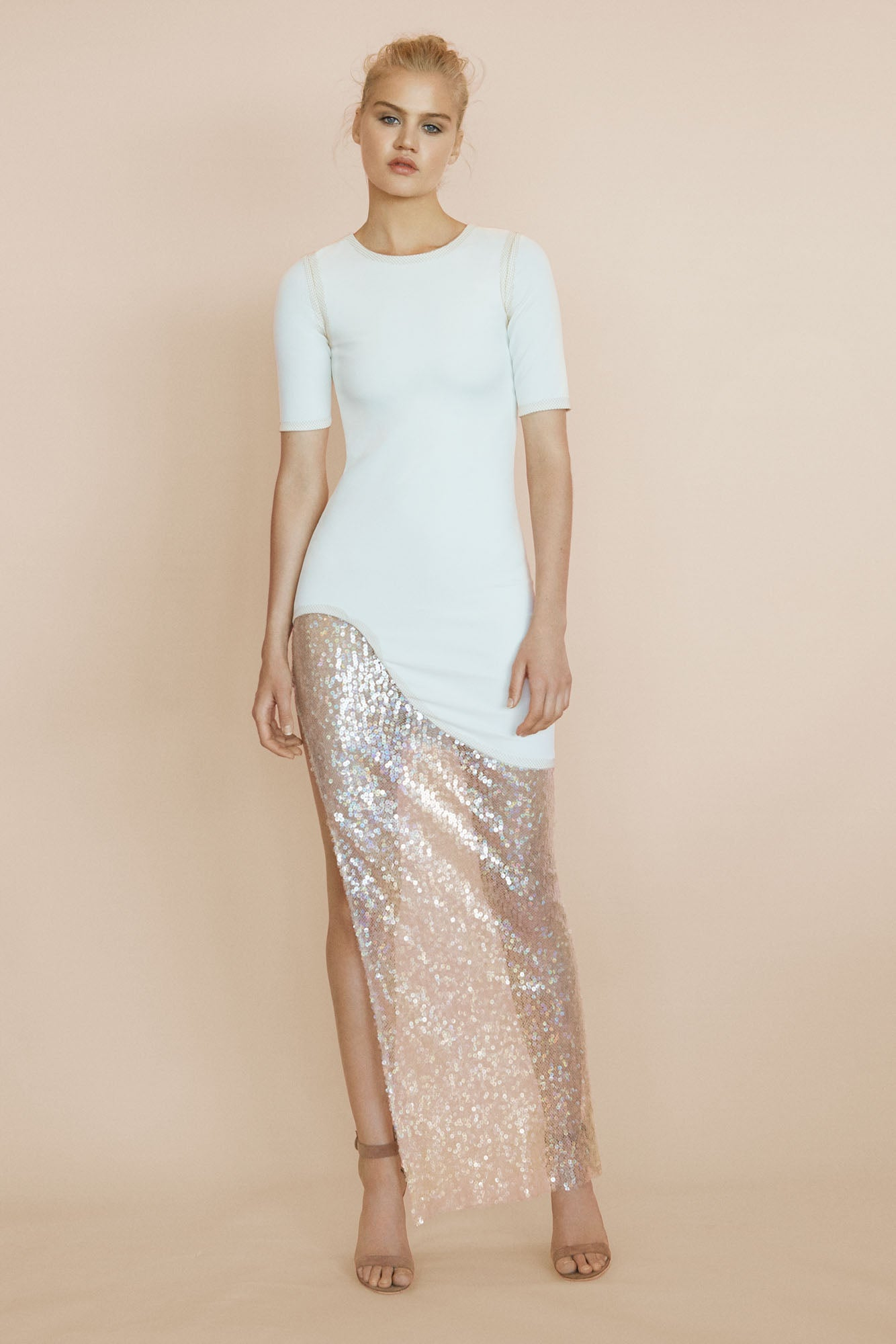 Amal Short Sleeve Gown