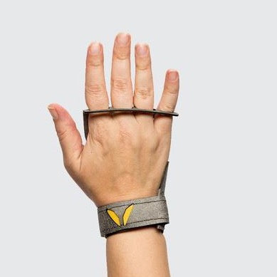 thewodguys-com - Victory Women Stealth 4 finger - Grips