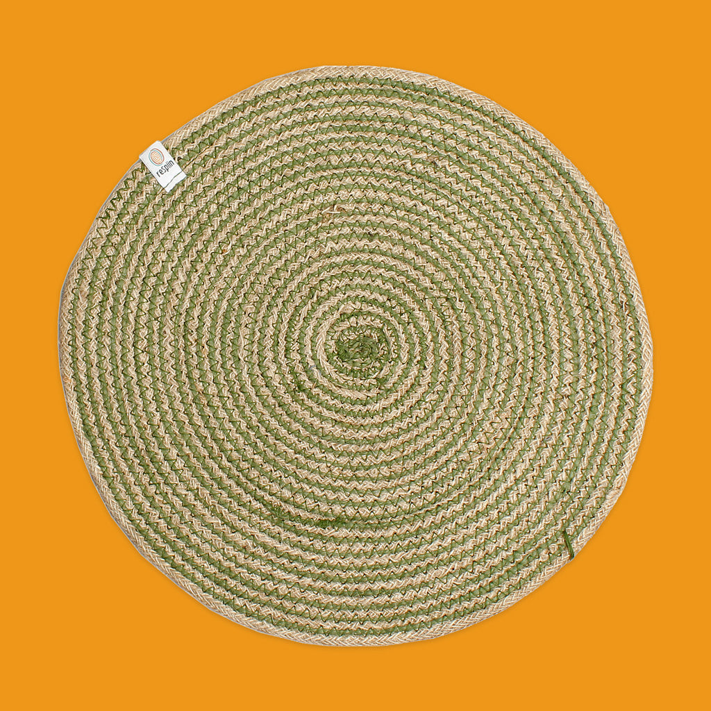 Round Spiral Jute Tablemat in Natural/Green