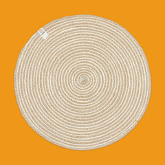 Round Spiral Jute Tablemat in Natural/White