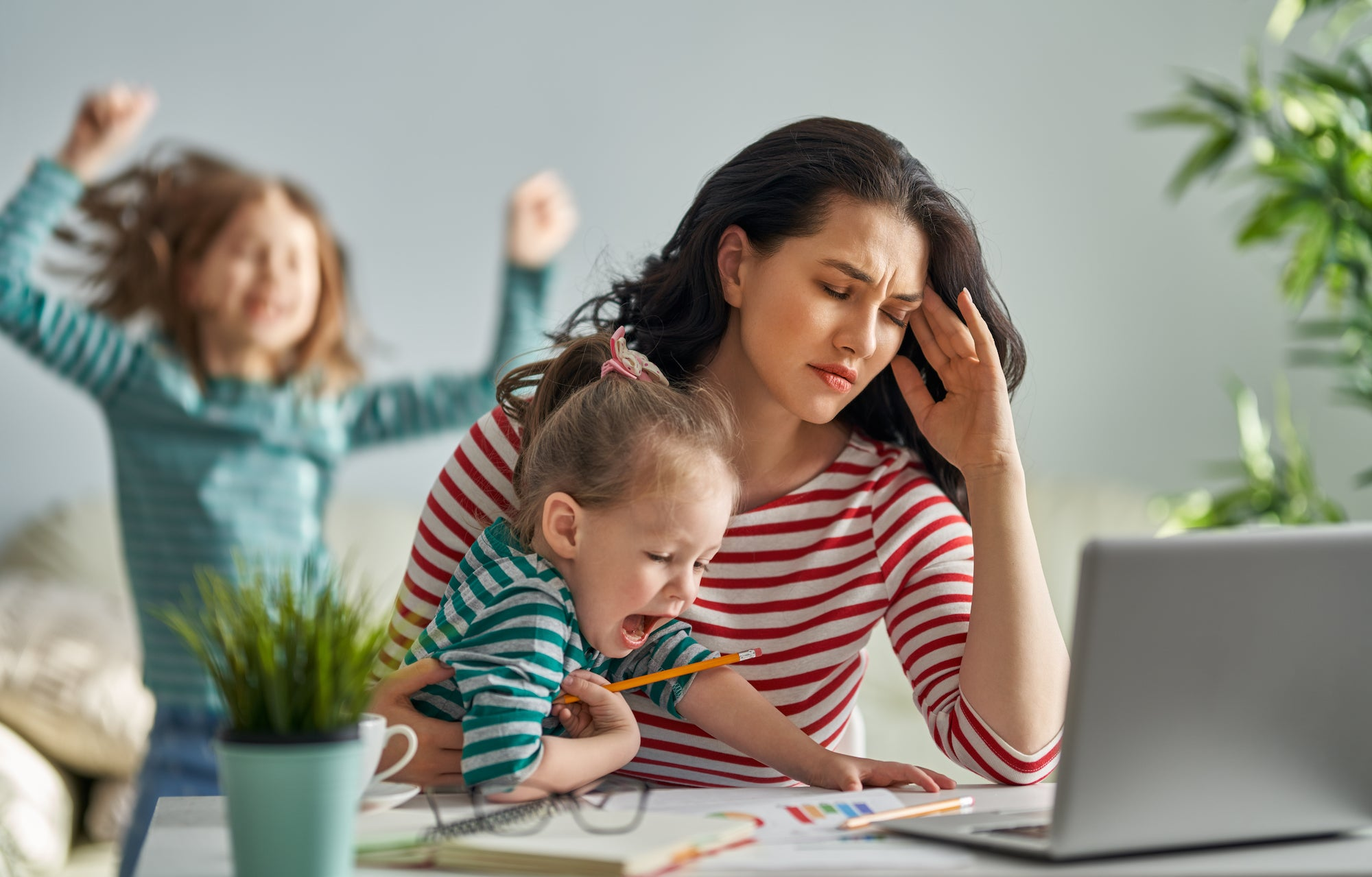 5 Tips to Overcome Working Mom Stress
