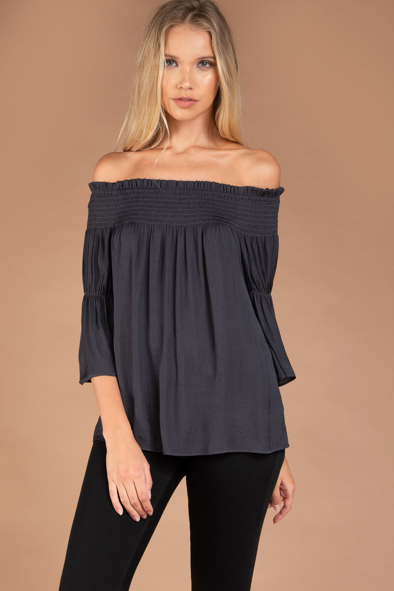 SB114462 CHARCOAL FRONT