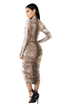 Load image into Gallery viewer, L/s Snake Print Midi Dress