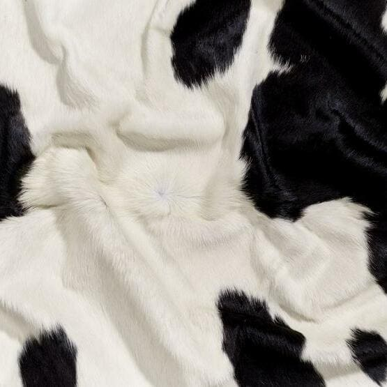 Saddlemans Black White Special Hide Close Up