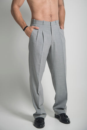 STAIGHT LINE TROUSER IN GREY