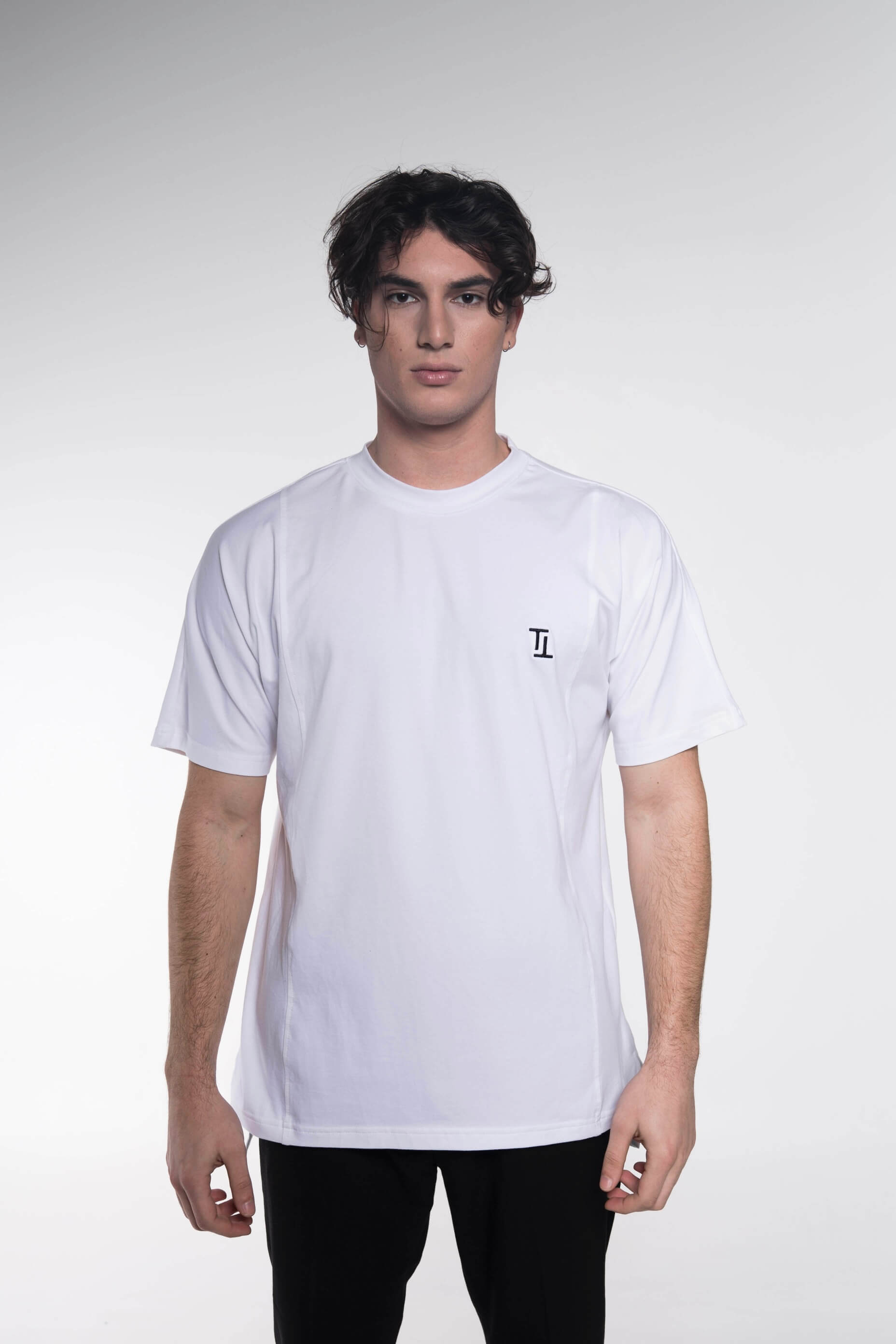 Collar logo t-shirt white