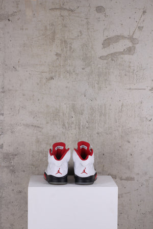 Air Jordan 5 Retro Fire Red - UK 9. US 10