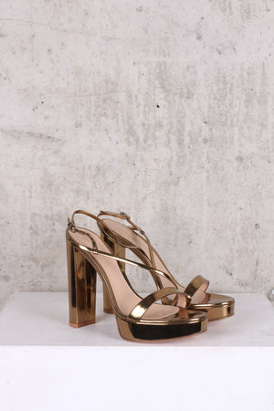 GIANVITO ROSSI Chunky Kimberly Gold Heel Sandals - Size 5