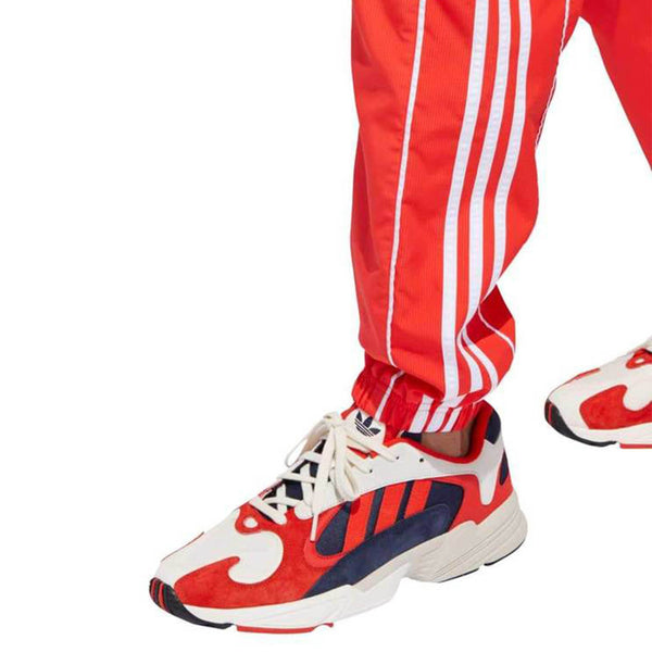 Calça Adidas Originals Authentics Hi-Res Vermelha
