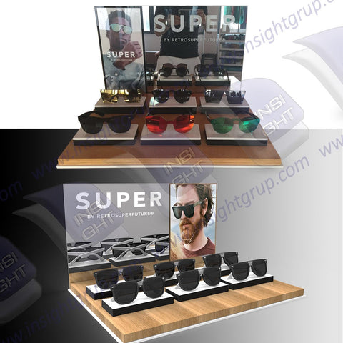 Spectacles Displays