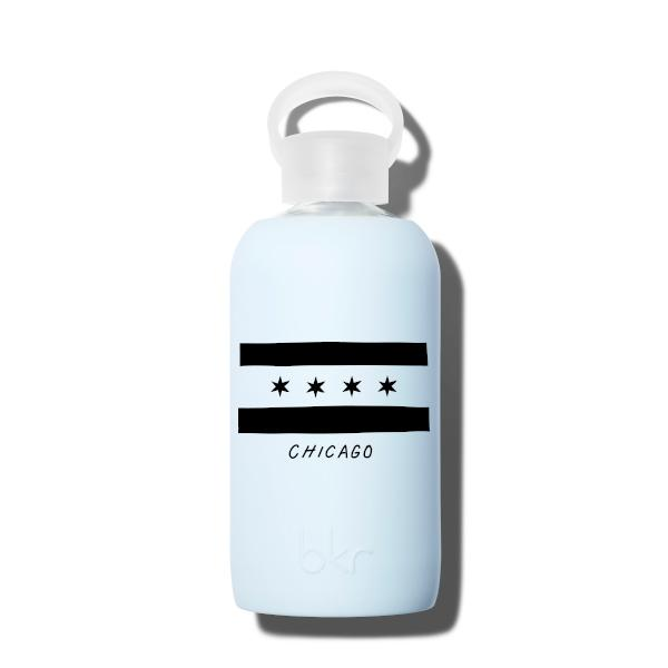 bkr Glass Water Bottle: 16oz GRACE CHICAGO FLAG 500 ML