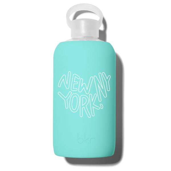 bkr Glass Water Bottle: 32oz AUDREY NEW YORK HEART 1L