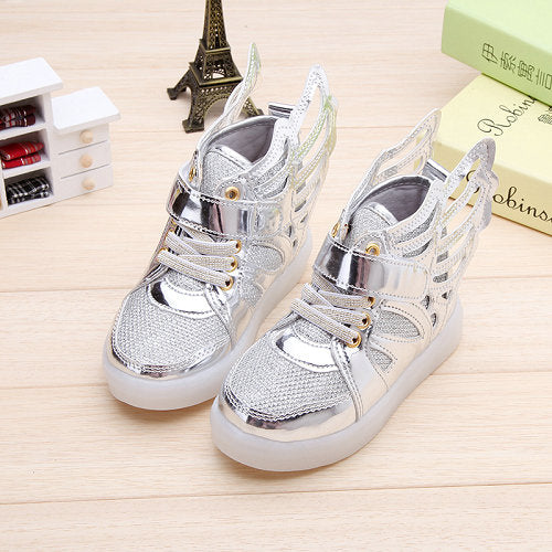 2017 New Children shoes with light child glowing sneakers led kids Lighted Shoes toddler Boy LED Flashing girls shoes wings